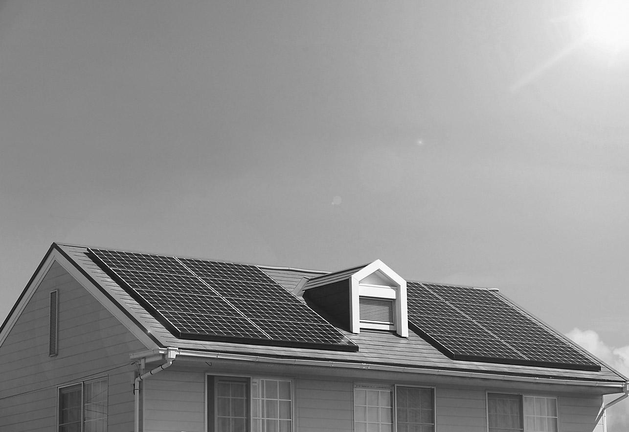 太陽光発電システム関連機器特集 買取終了控え問われる昼間の電力の有効活用の画像