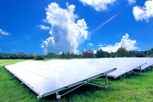 太陽光発電システム および関連機器特集の画像