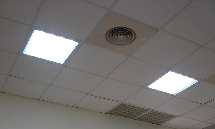 【岩崎電気】白熱非常灯用交換電池の生産終了を発表の画像