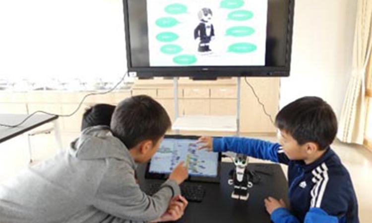【シャープ】広島県三原市で小中学生向けにプログラミング学習環境を整備の画像