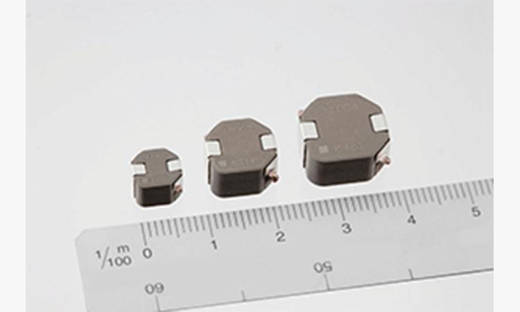 【TDK株式会社】インダクタ: 車載LEDヘッドライト用電源系インダクタSPM-VTシリーズの開発と量産の画像