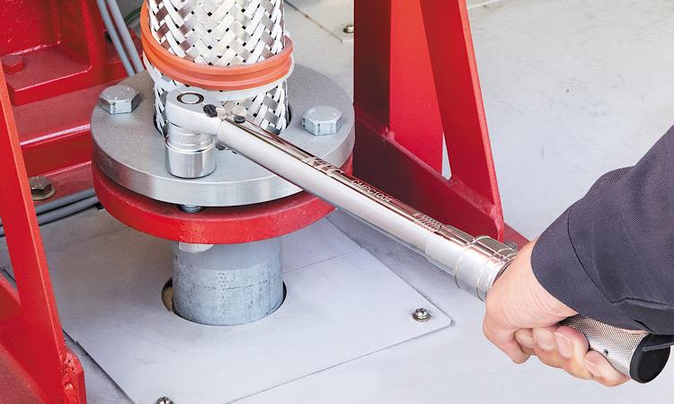 【京都機械工具株式会社】ローレットグリップ採用で高い操作性を実現! 「プレセット型トルクレンチ」新発売の画像