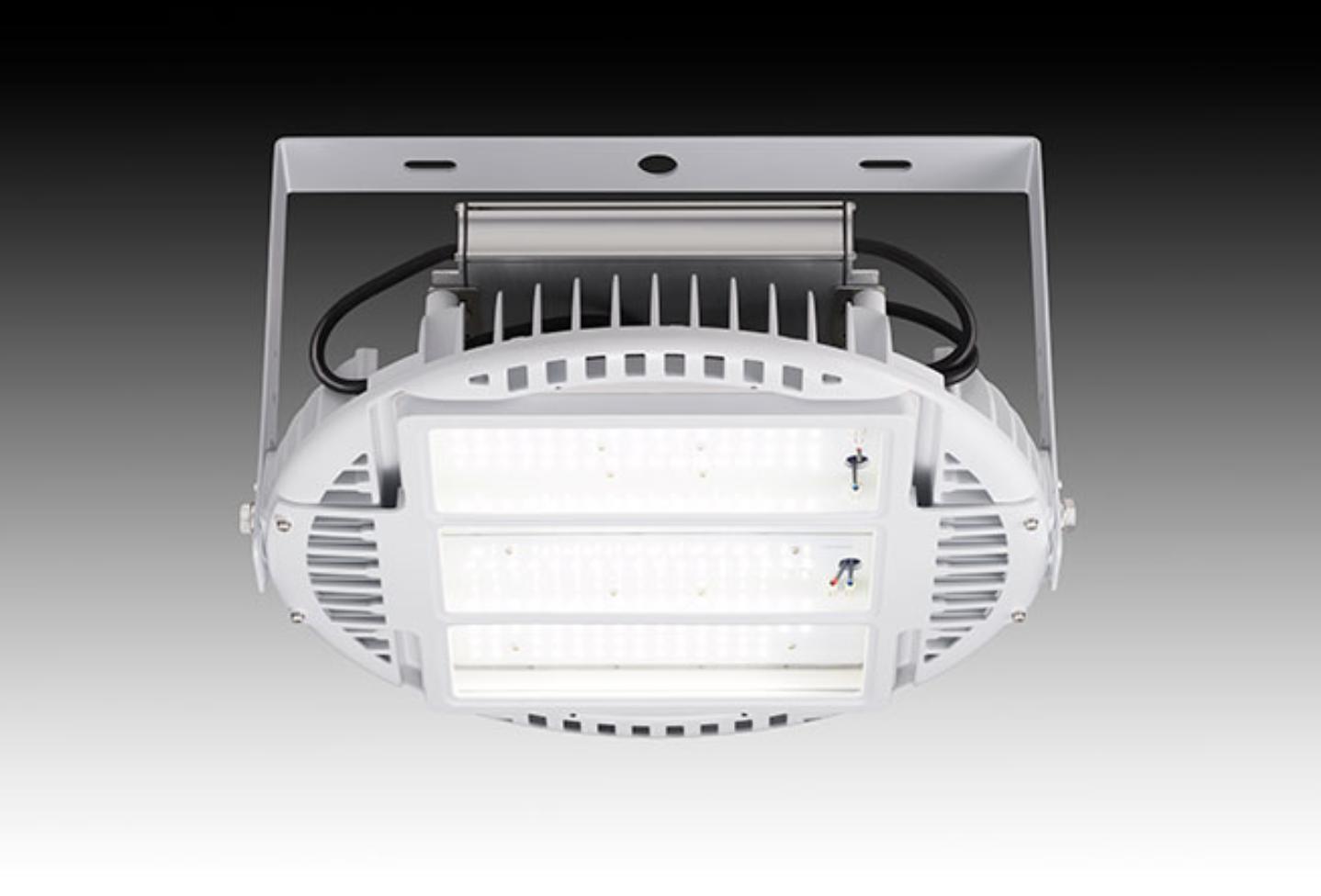 【岩崎電気】工場などのオイルミスト環境と高温70℃環境に対応するLED高天井用照明器具 『LEDioc HIGH-BAY θ+(レディオック ハイベイ シータ プラス) 高温・オイルミスト対応形』の画像